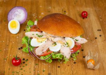 Sandwich Bagnat au poulet